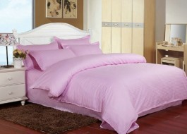 Lenjerie de pat damasc cu elastic ptr saltea de 100cm - roz