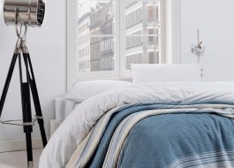 Patura bumbac si acryl 150x220cm, Eponj Home, Stripe  Blue