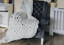 Patura cu fire gigant din lana merinos, 100x150cm, alba
