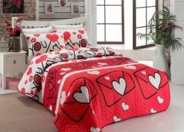Set cuvertura matlasata 200x220cm+ 2 fete perna 50x70cm Lovestory - Red