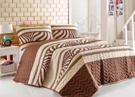 Set cuvertura matlasata 200x220cm+ 2 fete perna 50x70cm Nature - Brown