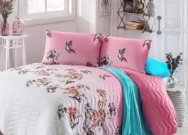 Set cuvertura matlasata 200x220cm+ 2 fete perna 50x70cm Serçe - Pink