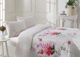 Set cuvertura matlasata 200x220cm+ 2 fete perna 50x70cm Sümbül - Pink