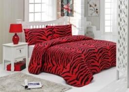 Set cuvertura matlasata 200x220cm+ 2 fete perna 50x70cm Zebrax - Red