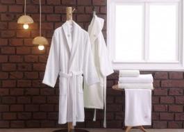 Set matrimonial 2 halate baie + prosoape Aida - Cream, White