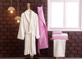 Set matrimonial 2 halate baie + prosoape Aida - Pink, Cream