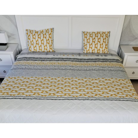 Cuvertura matlasata bumbac 100% 220x240cm + 2 fete perna, Bahar Home, Ivory